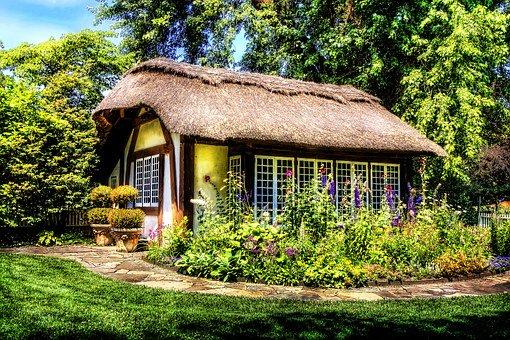 Sommerhus med stråtag
