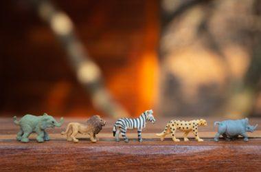 Dyr lavet af plastik